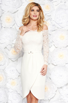 StarShinerS white elegant midi cloth and laced dress accessorized with tied waistband