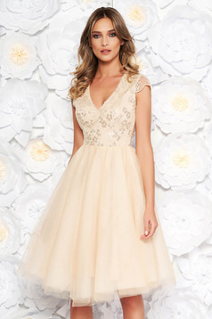 Artista cream occasional cloche dress from tulle with sequins with inside lining with embroidery details