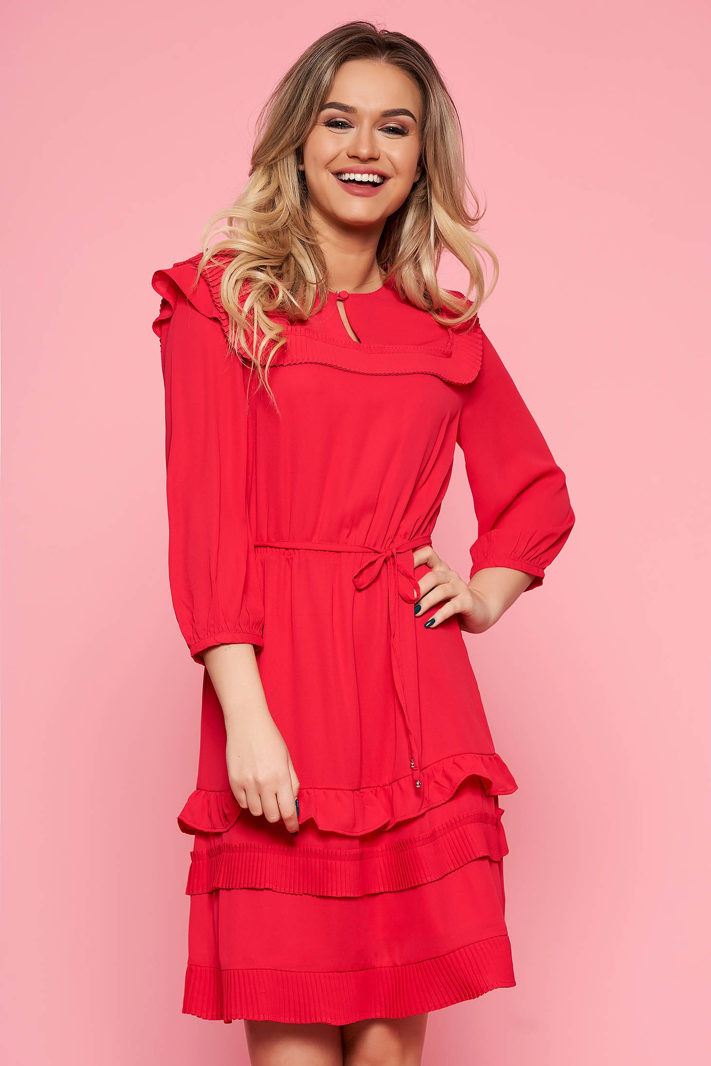 Top Secret darkpink daily cloche dress with 3/4 sleeves is fastened around the waist with a ribbon