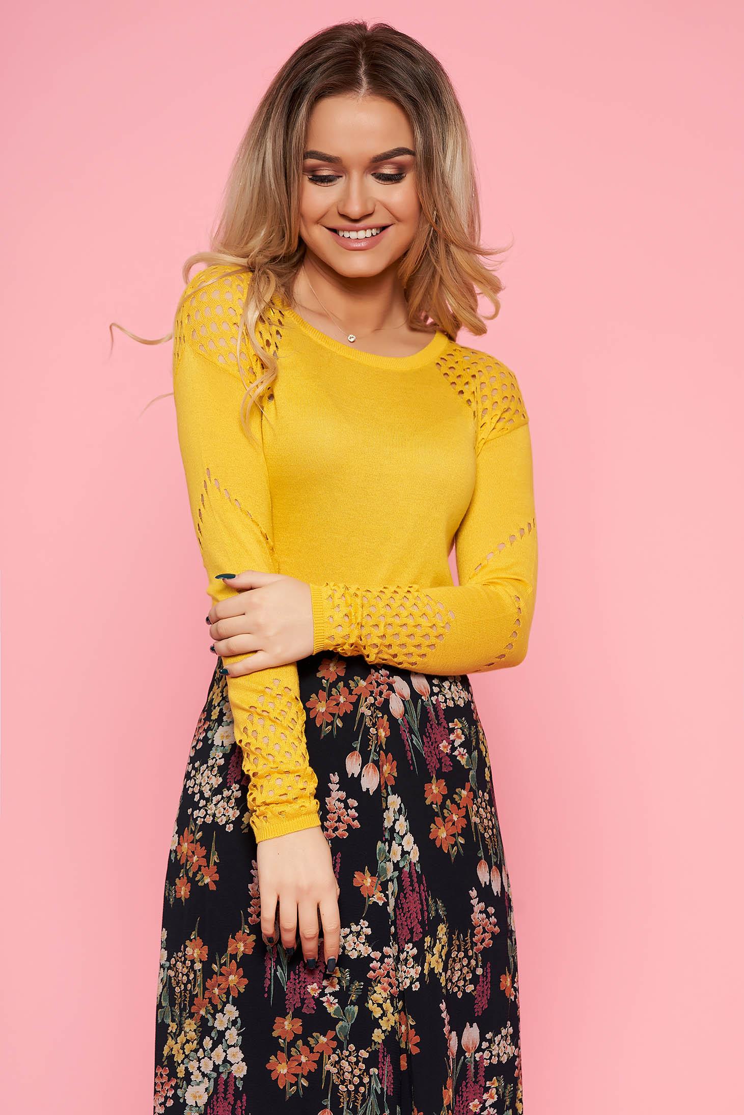 Pulover Top Secret galben casual cu un croi mulat din material tricotat cu maneci lungi