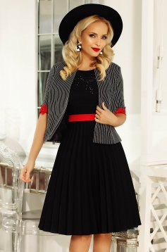 Fofy black jacket elegant 3/4 sleeve with lace details with straight cut