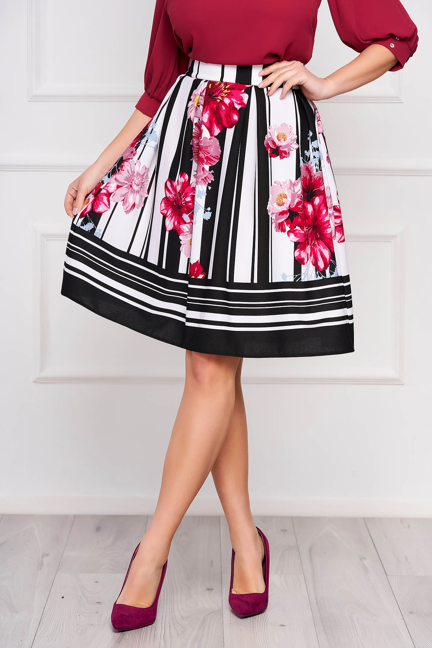 StarShinerS black office cloche skirt from elastic fabric with pockets with floral prints high waisted
