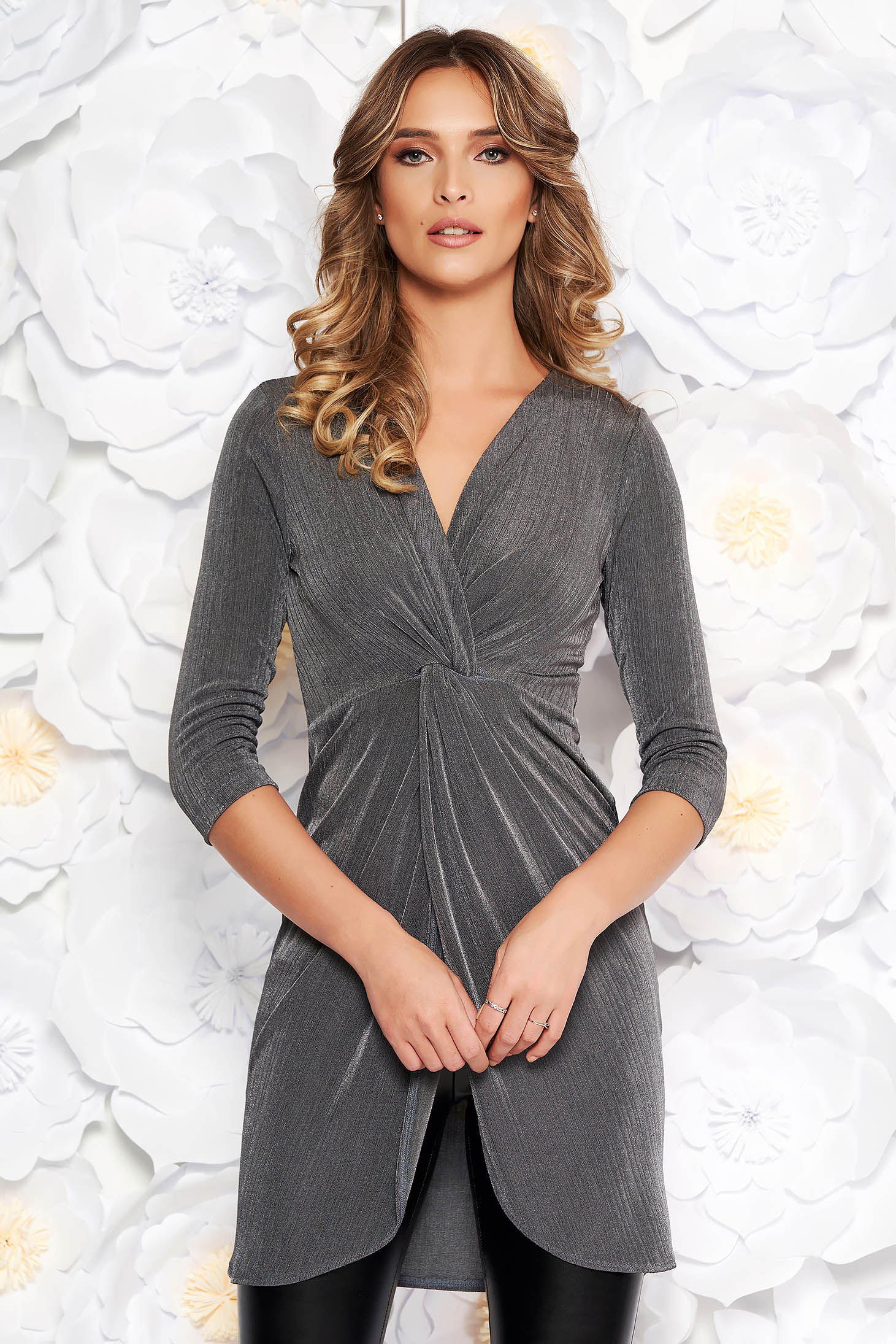 StarShinerS grey casual long women`s blouse with tented cut thin fabric with metallic aspect with v-neckline