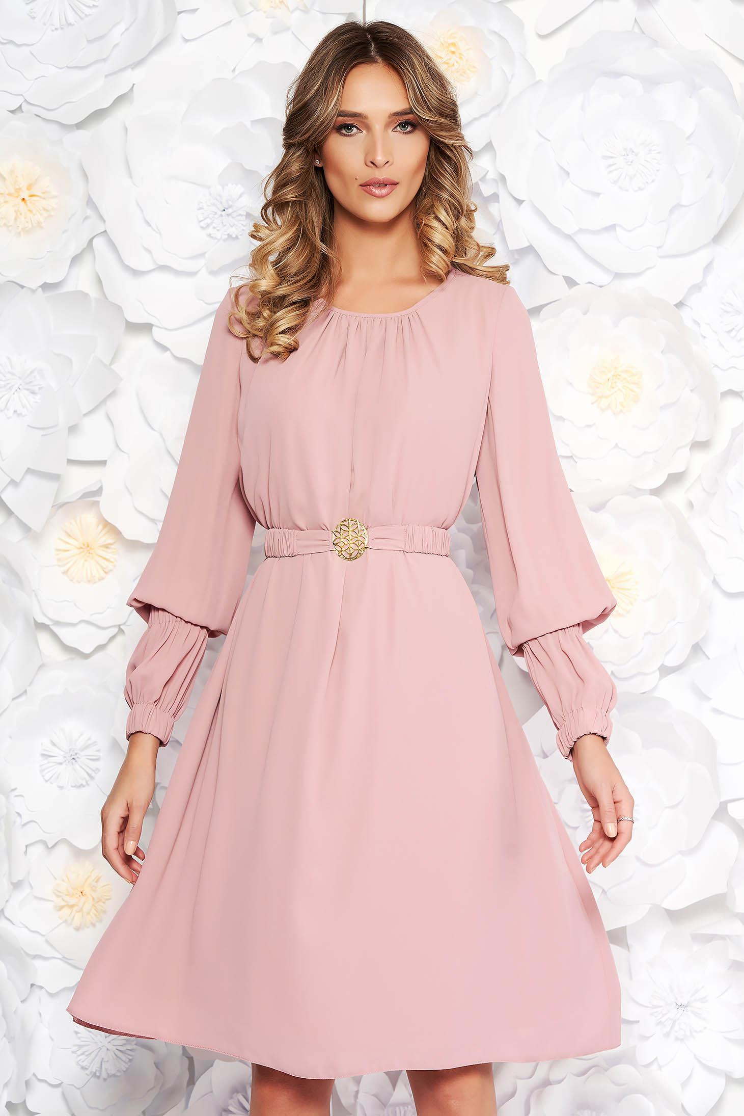 Rochie LaDonna rosa eleganta cu croi larg din voal captusita pe interior accesorizata cu cordon