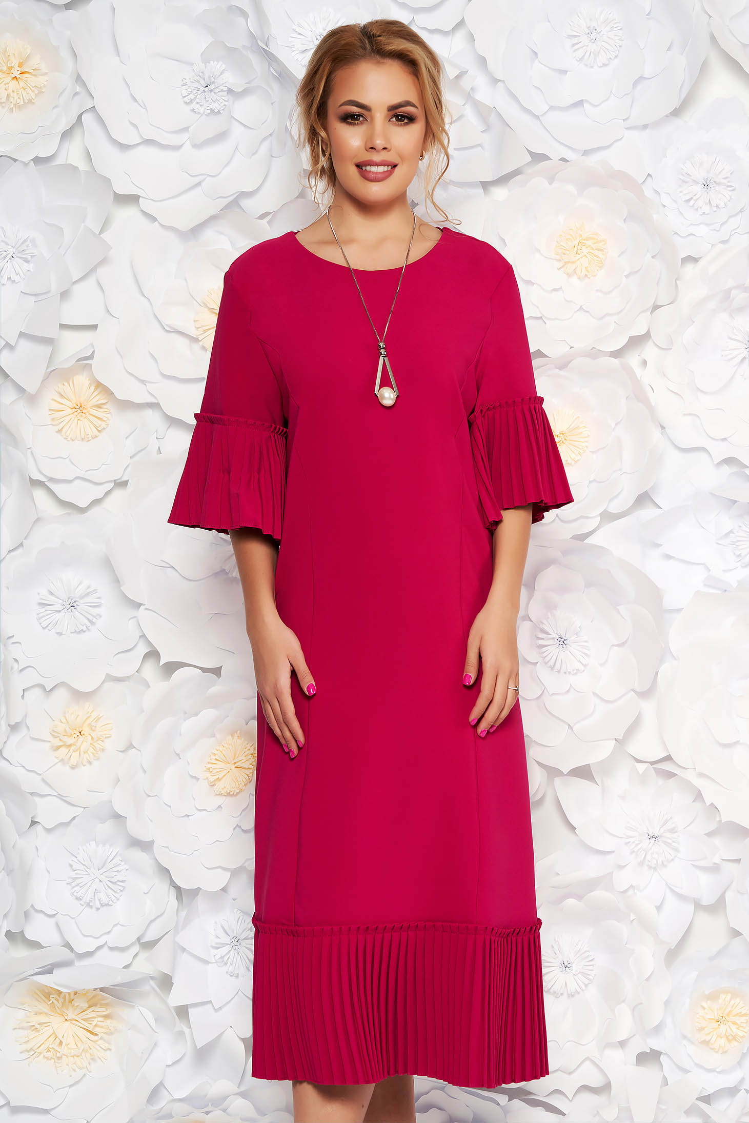 Rochie fuchsia eleganta midi cu un croi drept din stofa usor elastica