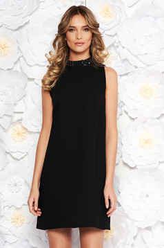 StarShinerS black elegant flared dress with inside lining with small beads embellished details