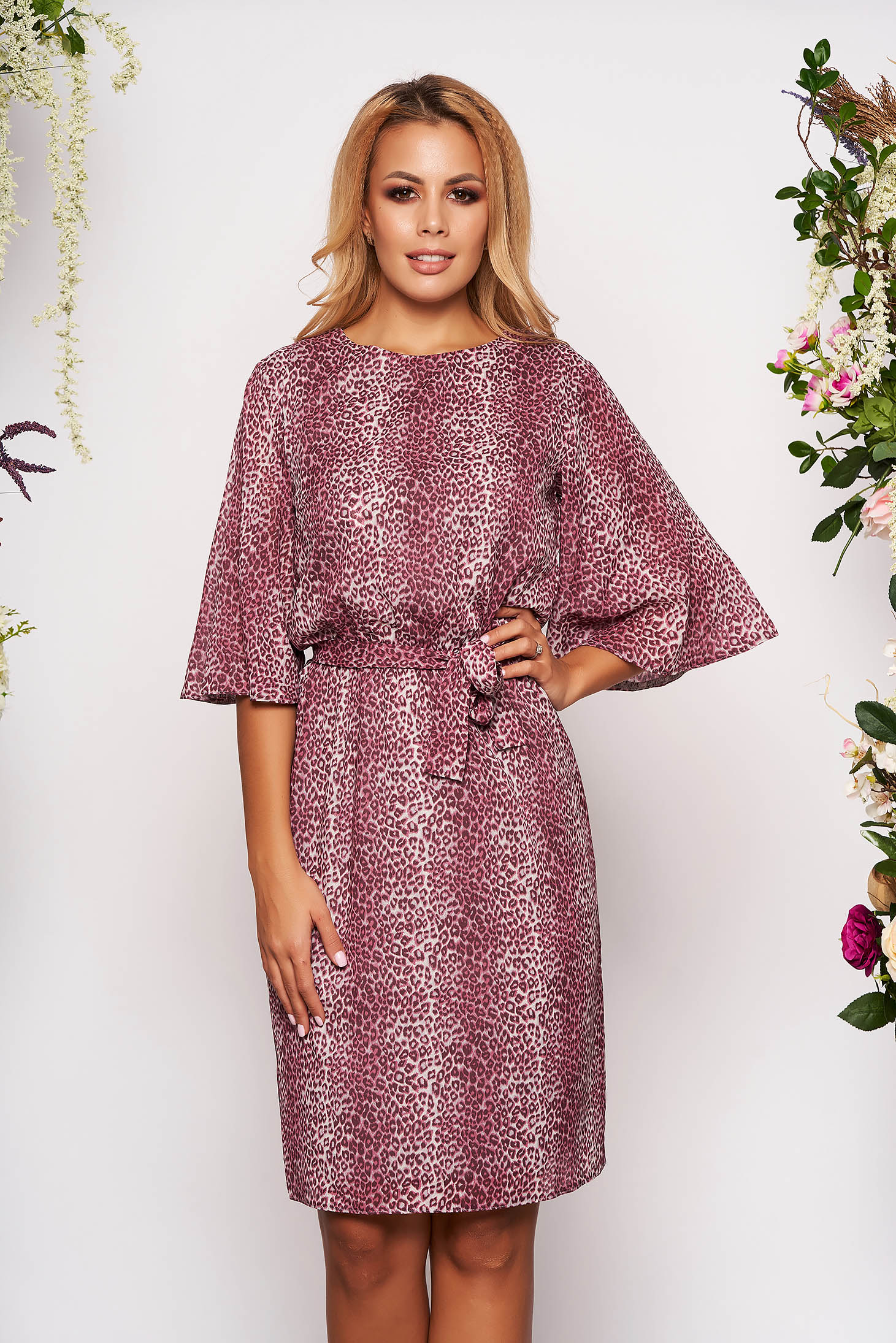 StarShinerS purple daily voile fabric dress with inside lining flared accessorized with tied waistband