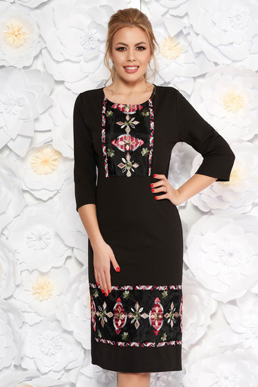 Black elegant dress with straight cut slightly elastic fabric with embroidery details