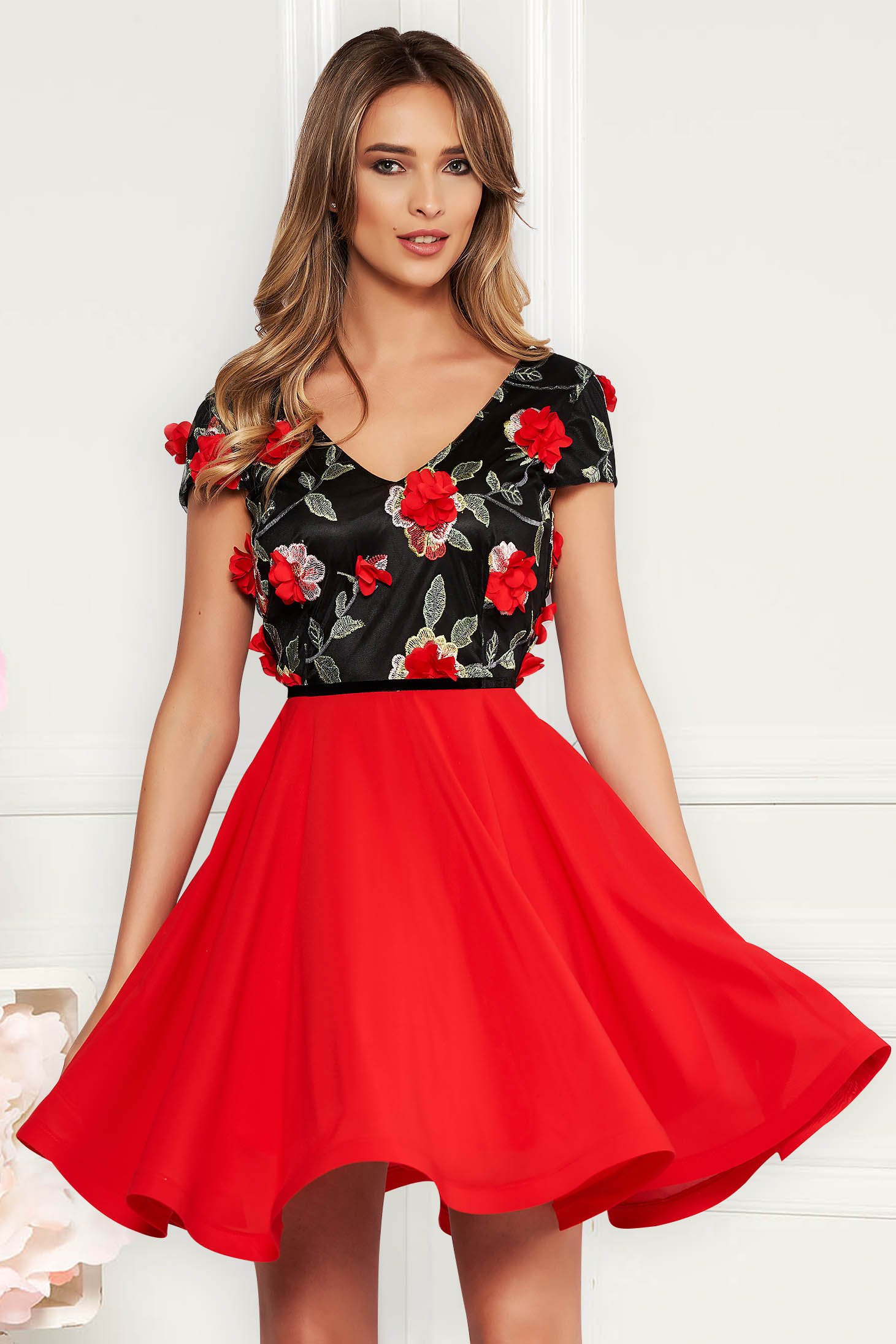 StarShinerS red occasional cloche dress voile fabric with v-neckline embroidered with floral details with 3d effect