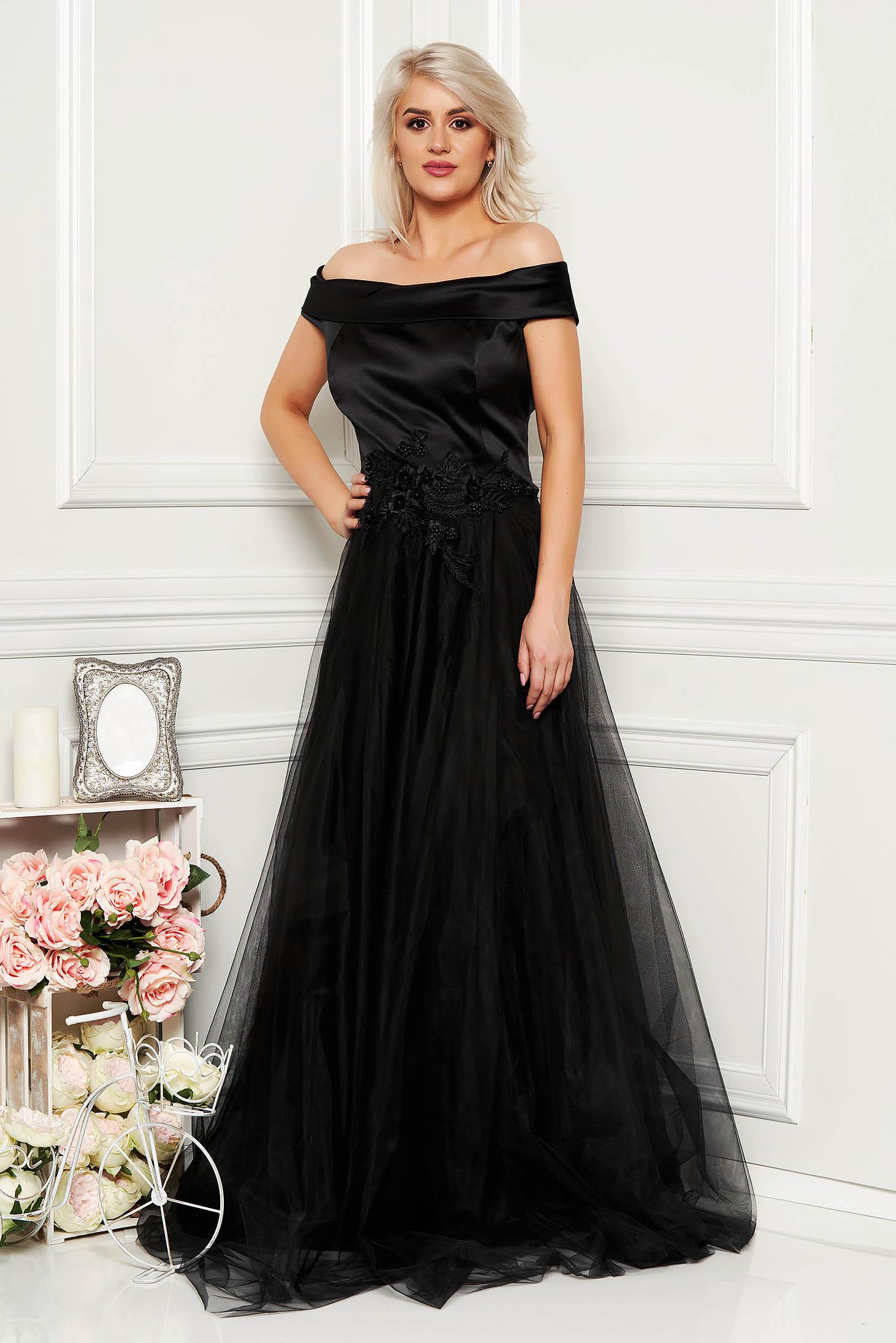Fekete Artista alkalmi ruha tüll és szatén anyagból csipke és gyöngy díszítéssel és béléssel