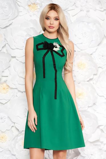 Artista green elegant a-line dress slightly elastic fabric handmade applications