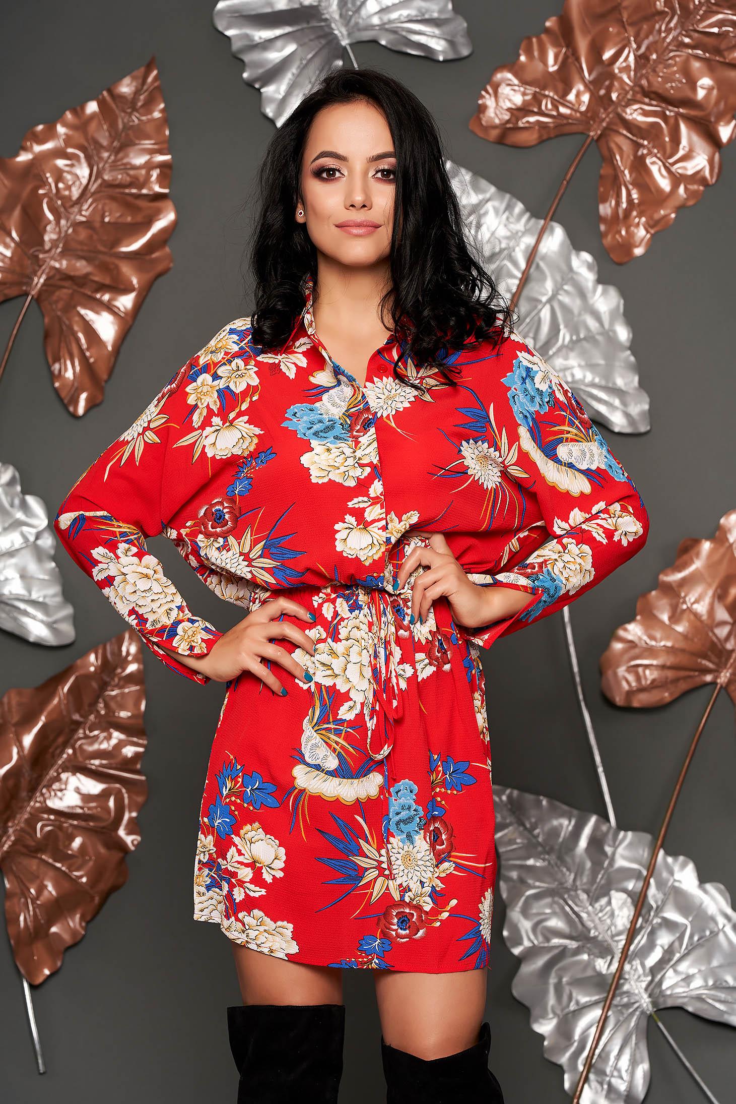 Rochie Top Secret rosie de zi in clos cu maneca lunga din material subtire cu imprimeuri florale cu snur in talie