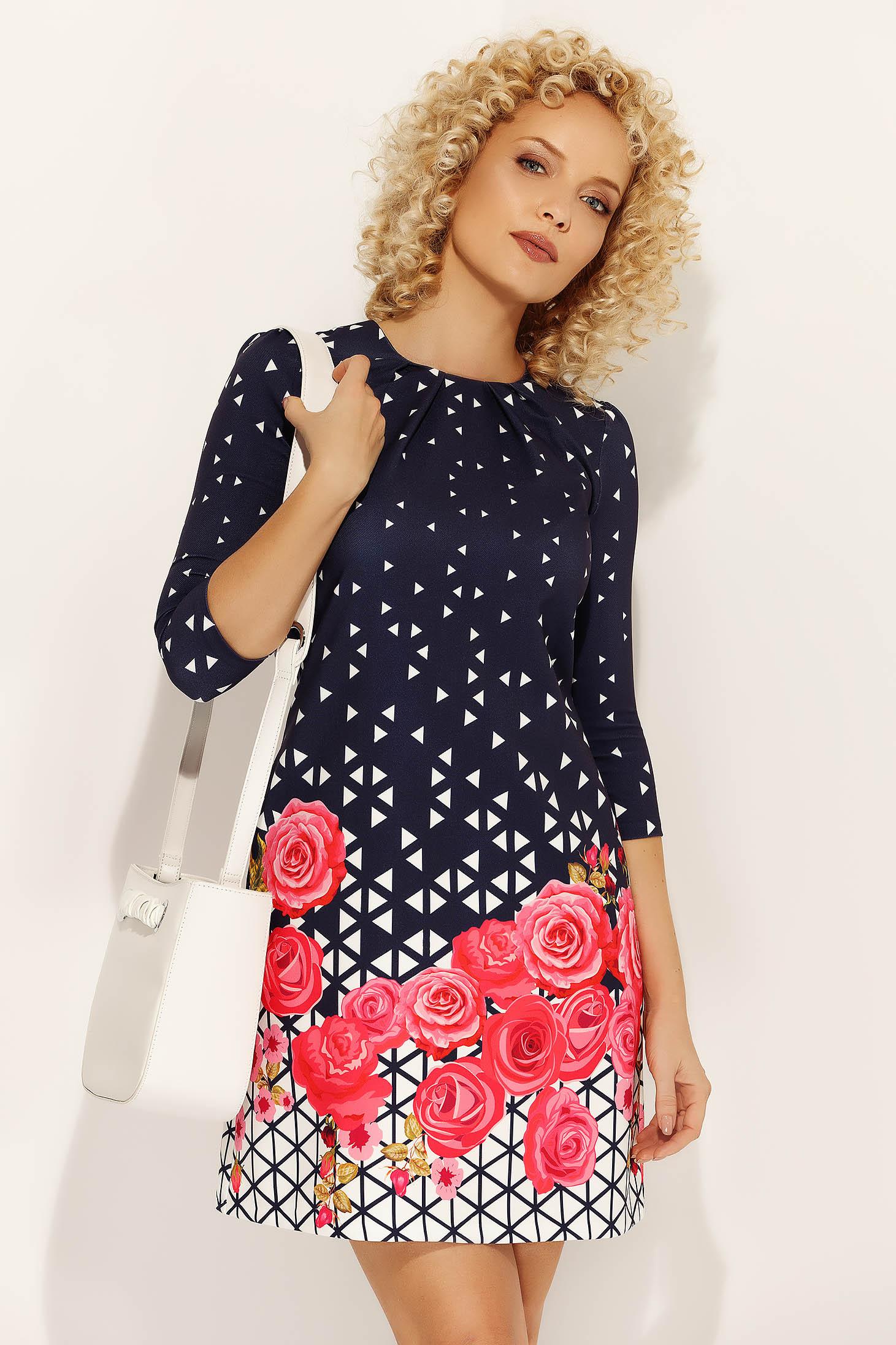 Rochie Fofy roz de zi cu croi in A din material fin la atingere cu imprimeuri florale