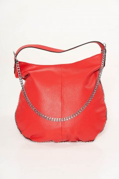 Red casual bag from ecological leather metallic chain accessory