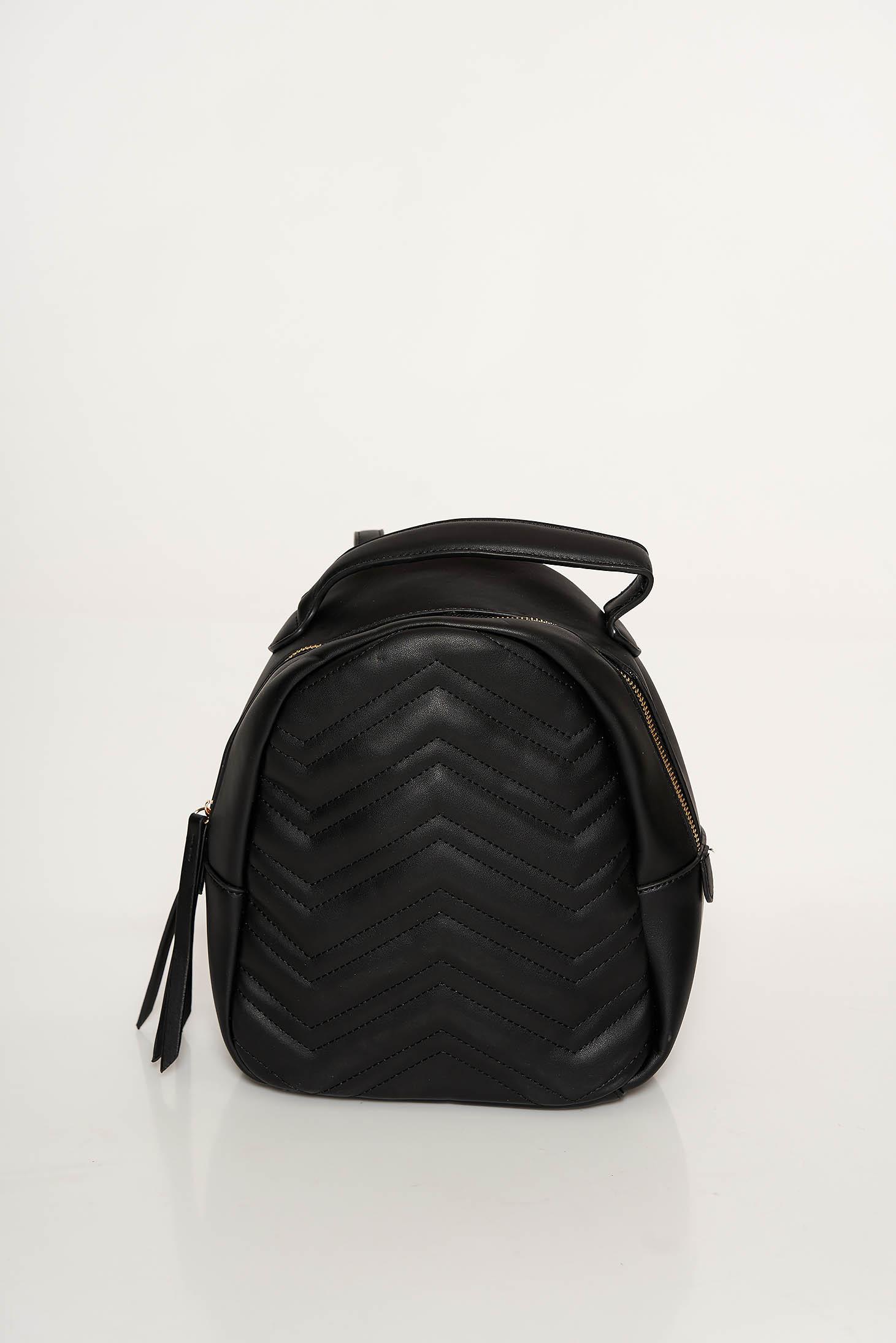 Fekete casual hátizsákok műbőr bojtos