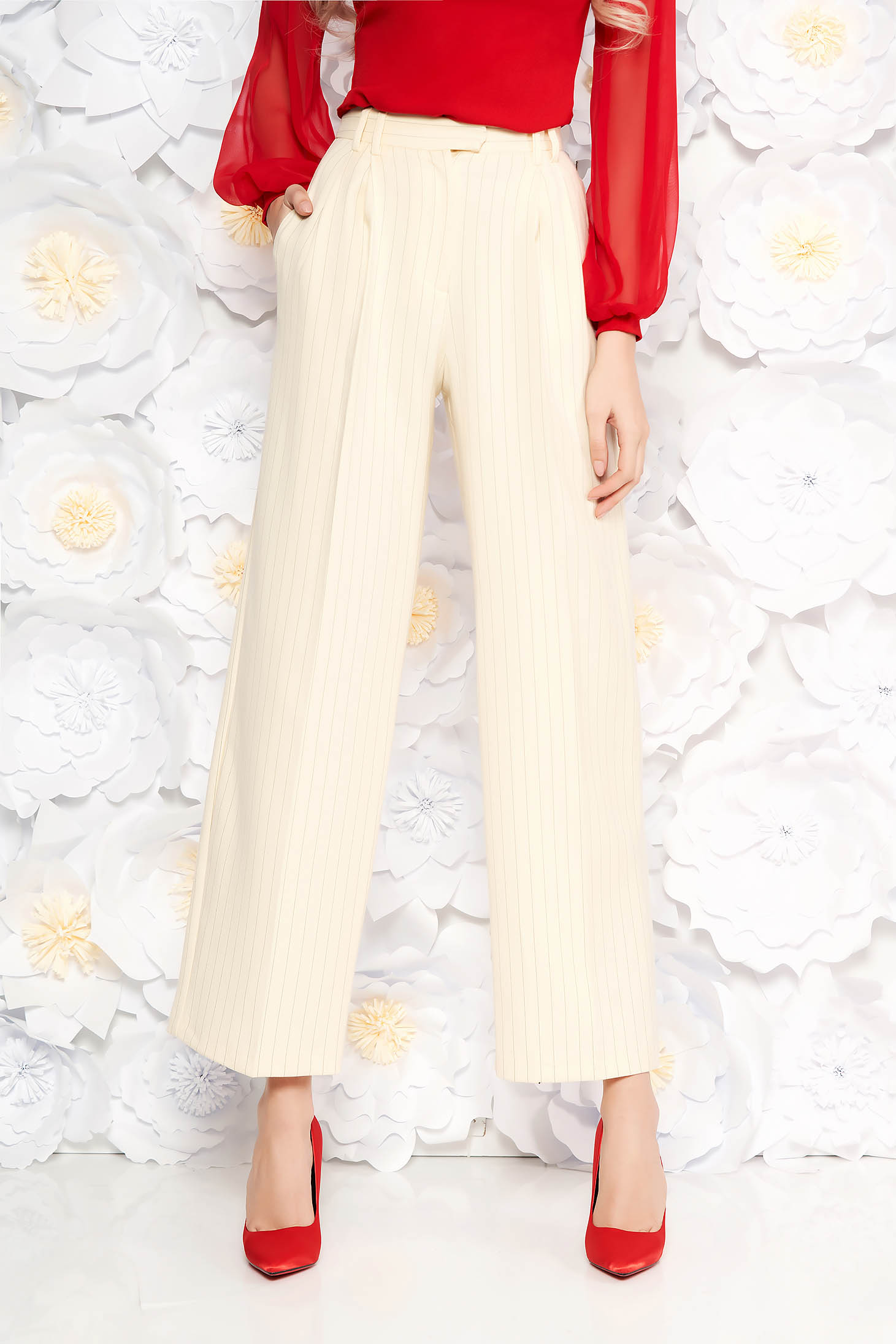 Pantaloni StarShinerS nude office evazati cu talie inalta din material cu dungi verticale si buzunare