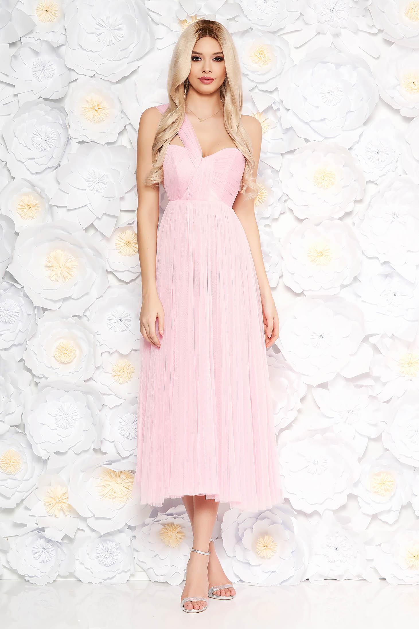Ujj nélküli világos rózsaszín Ana Radu ruha midi harang tüll belső béléssel