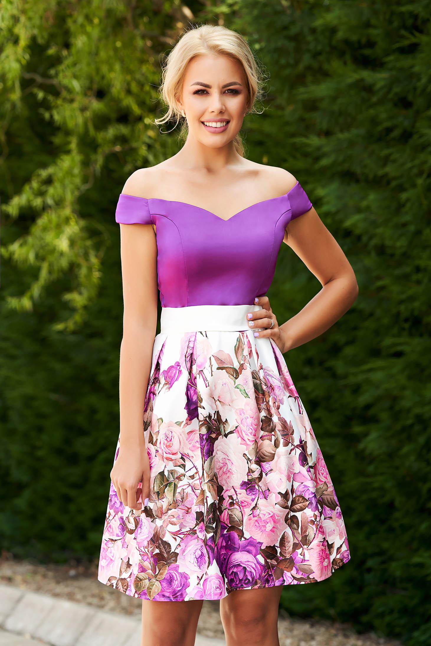 Rochie StarShinerS mov scurta de ocazie in clos din satin cu imprimeu floral si cordon detasabil