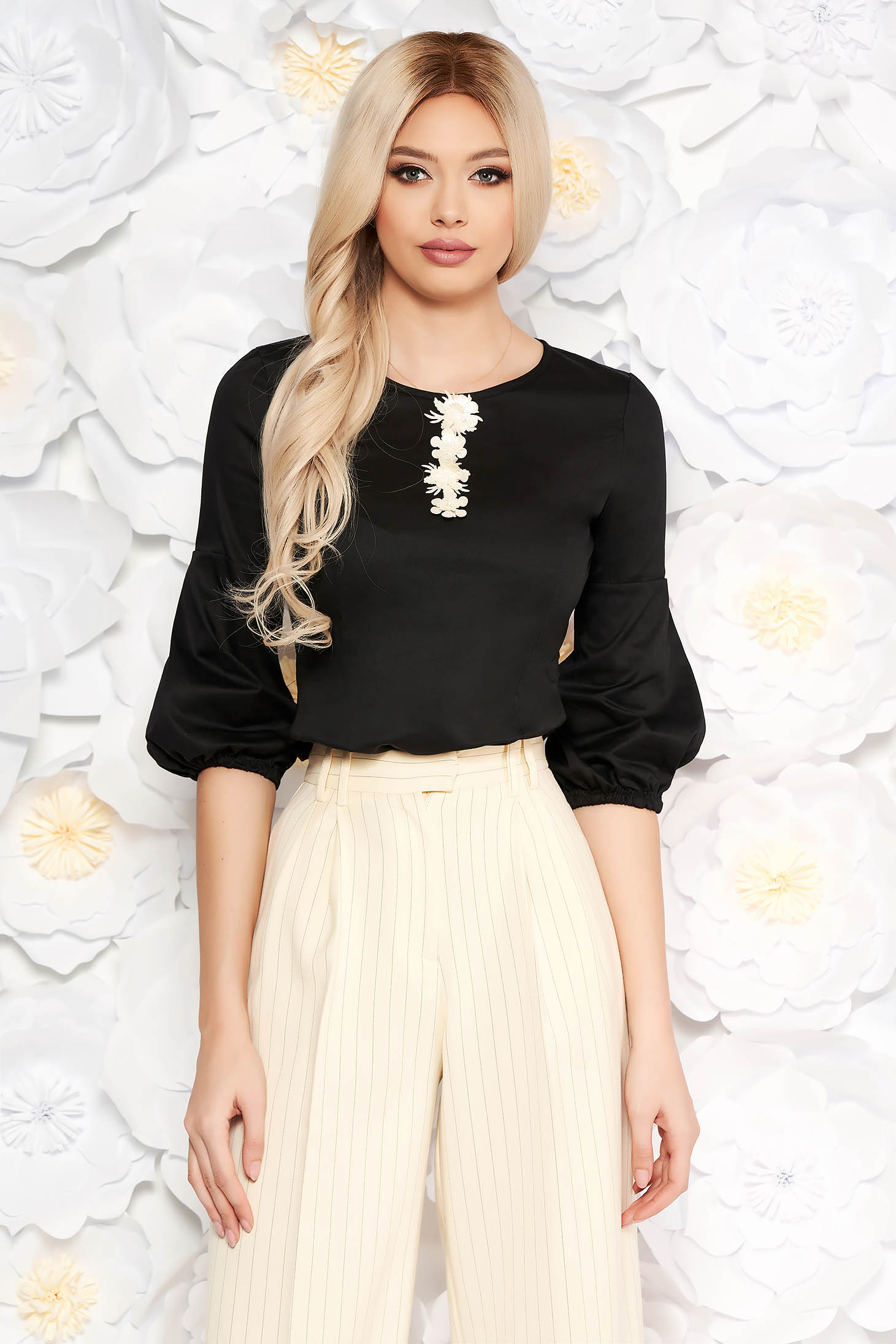 StarShinerS black women`s blouse with tented cut thin fabric with puffed sleeves office