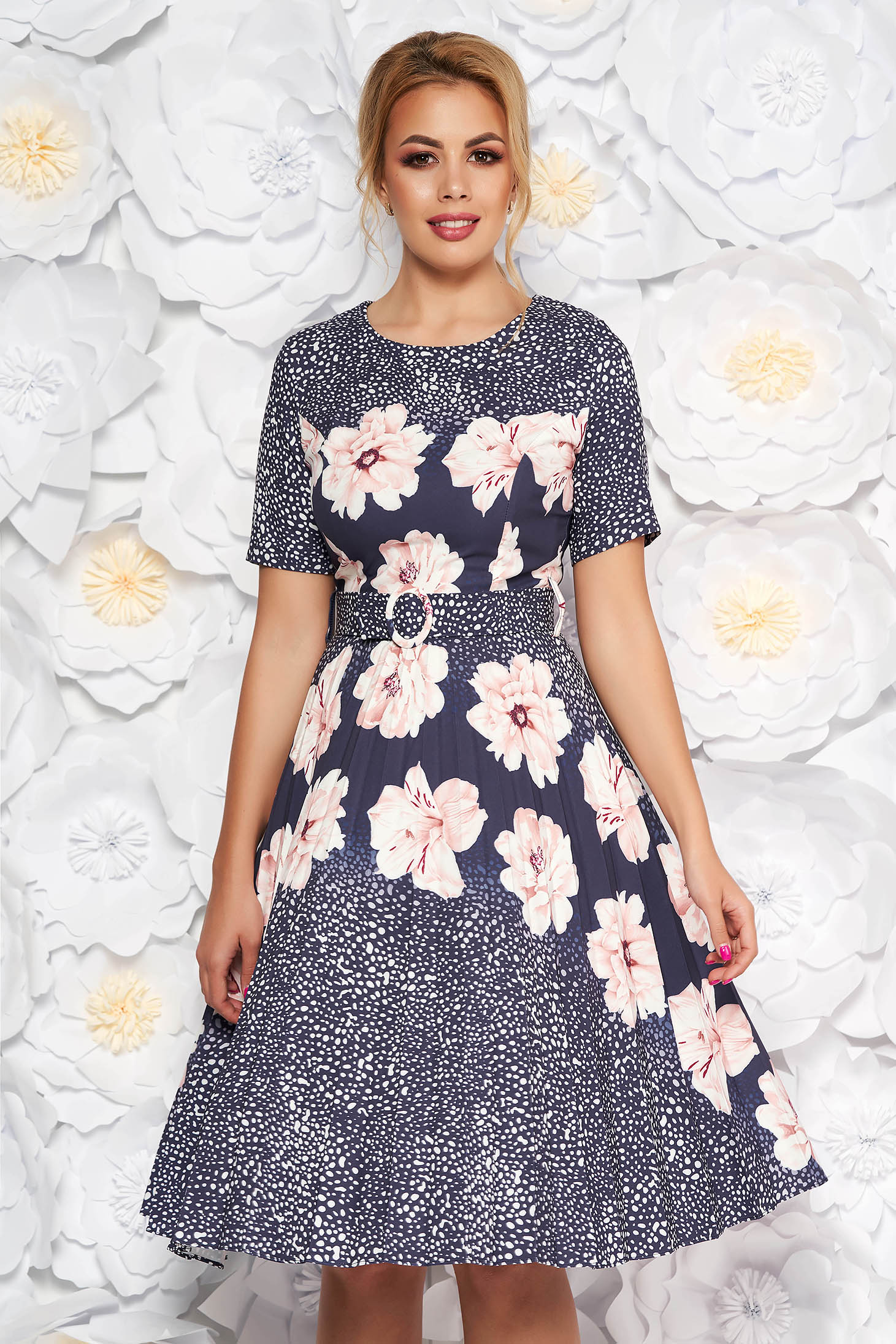 Fofy rosa daily cloche dress slightly elastic fabric with floral print accessorized with belt