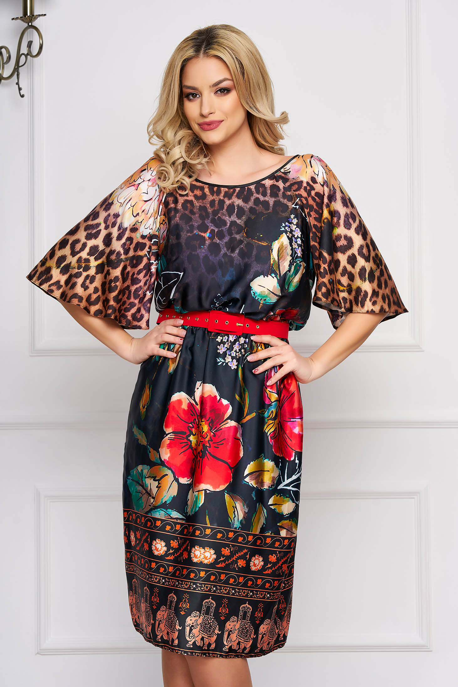 StarShinerS black daily cloche dress short sleeves accessorized with belt