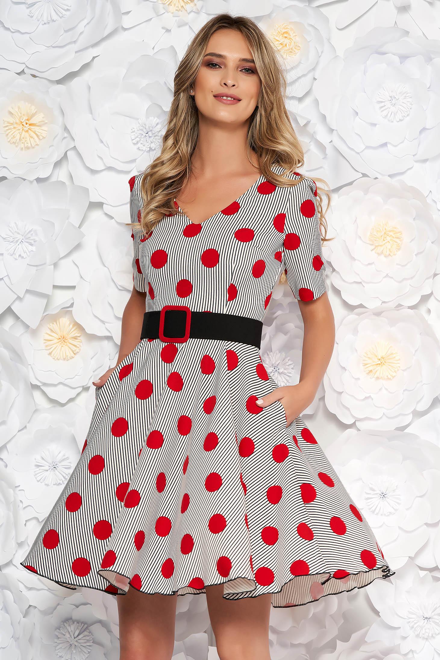 Fofy red dress