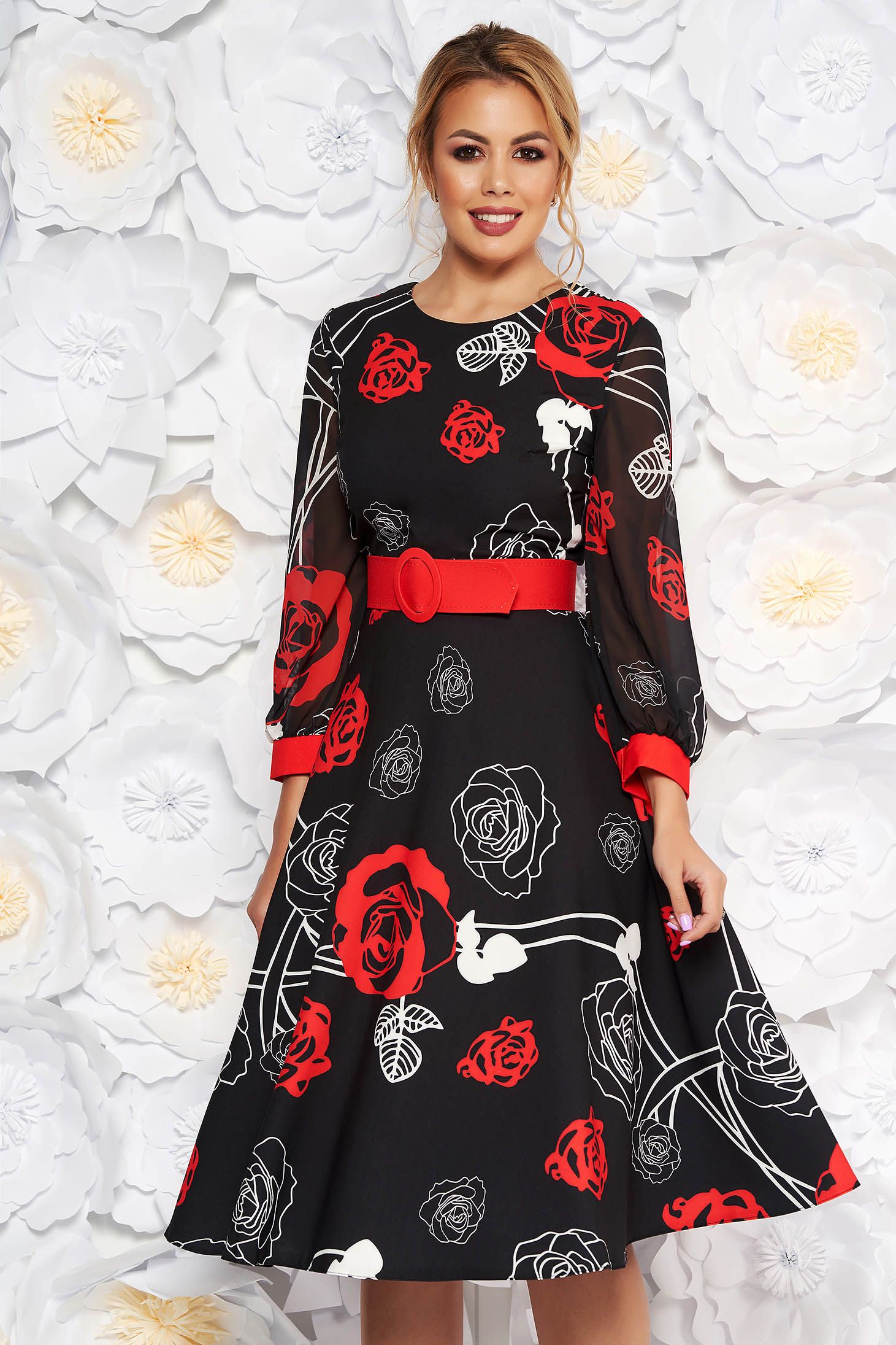 4d68811c45 Fekete PrettyGirl elegáns midi harang ruha piros virágokkal enyhén rugalmas  szövet fátyol újjakkal öv típusú kiegészítővel