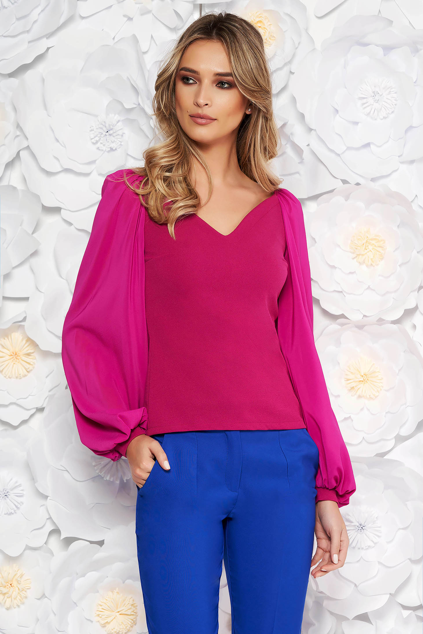 StarShinerS fuchsia occasional women`s blouse with tented cut with v-neckline transparent sleeves