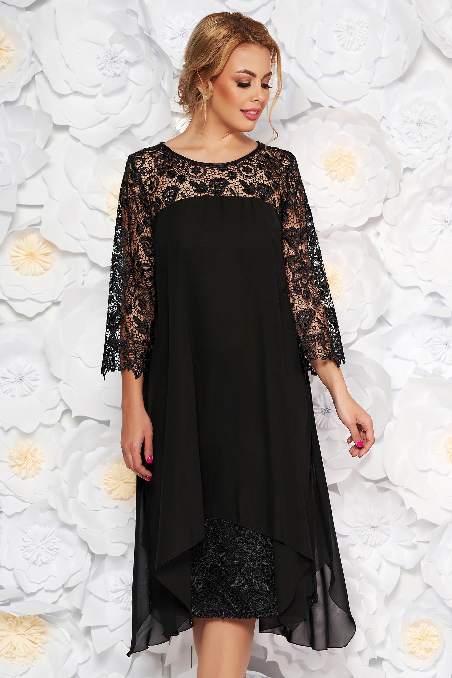 Rochie neagra de ocazie cu un croi drept cu maneci din dantela din stofa usor elastica si voal