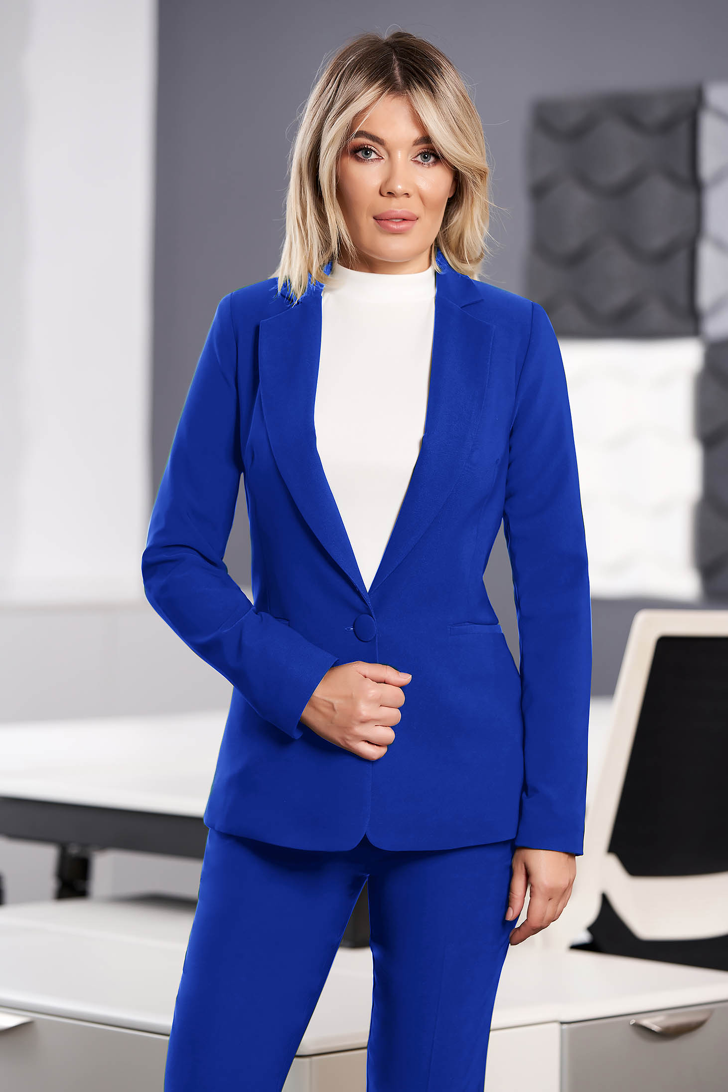 StarShinerS blue jacket with inside lining office from non elastic fabric arched cut