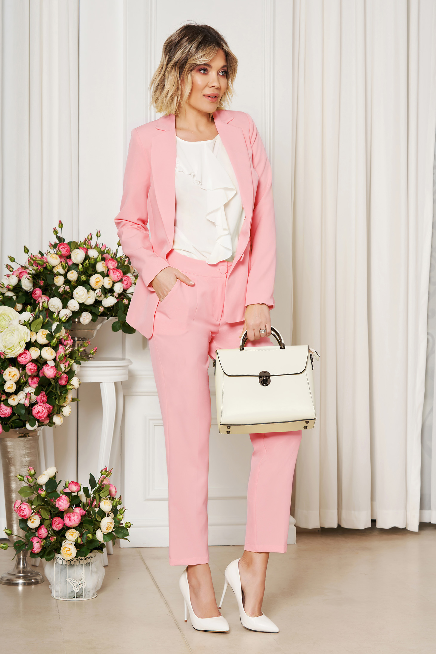 Pantaloni StarShinerS roz office cu un croi drept din stofa usor elastica cu talie medie si buzunare