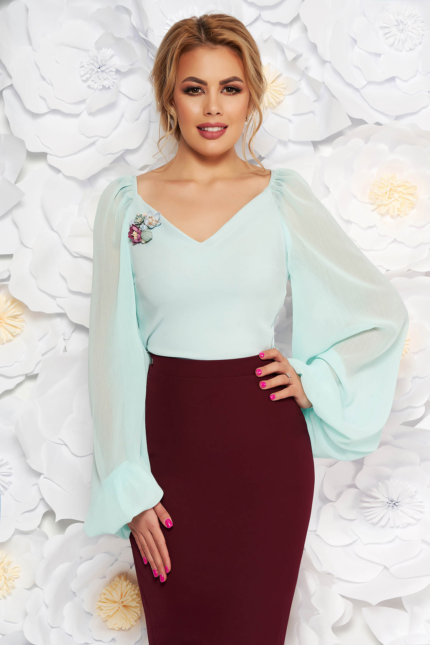 StarShinerS mint elegant women`s blouse with a cleavage transparent sleeves with v-neckline with floral details