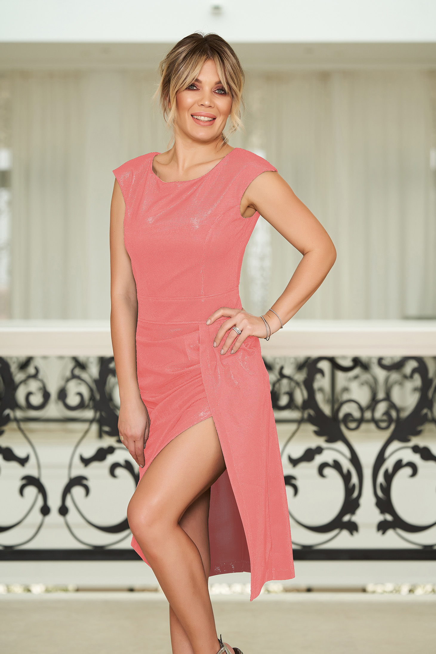 StarShinerS rosa occasional dress with tented cut with inside lining