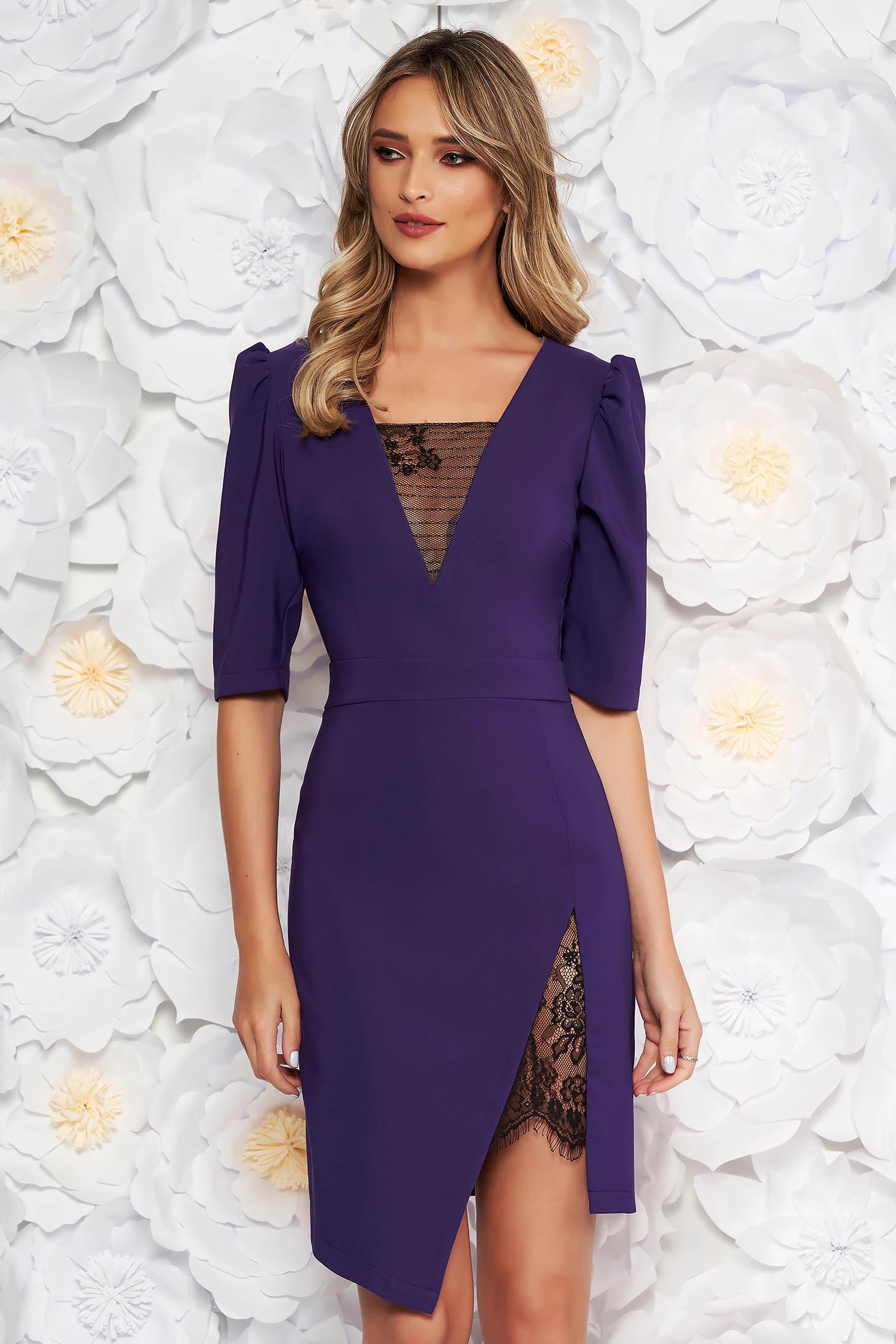 a807791eb9 Lila LaDonna elegáns ruha szűk szabás v-dekoltázzsal csipke díszítéssel