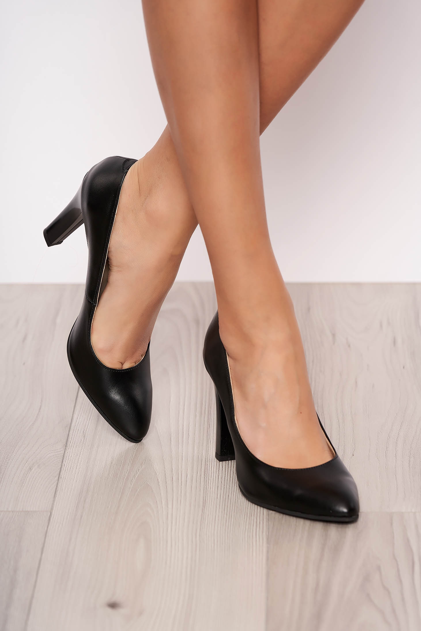 Black elegant shoes natural leather with high heels slightly pointed toe tip