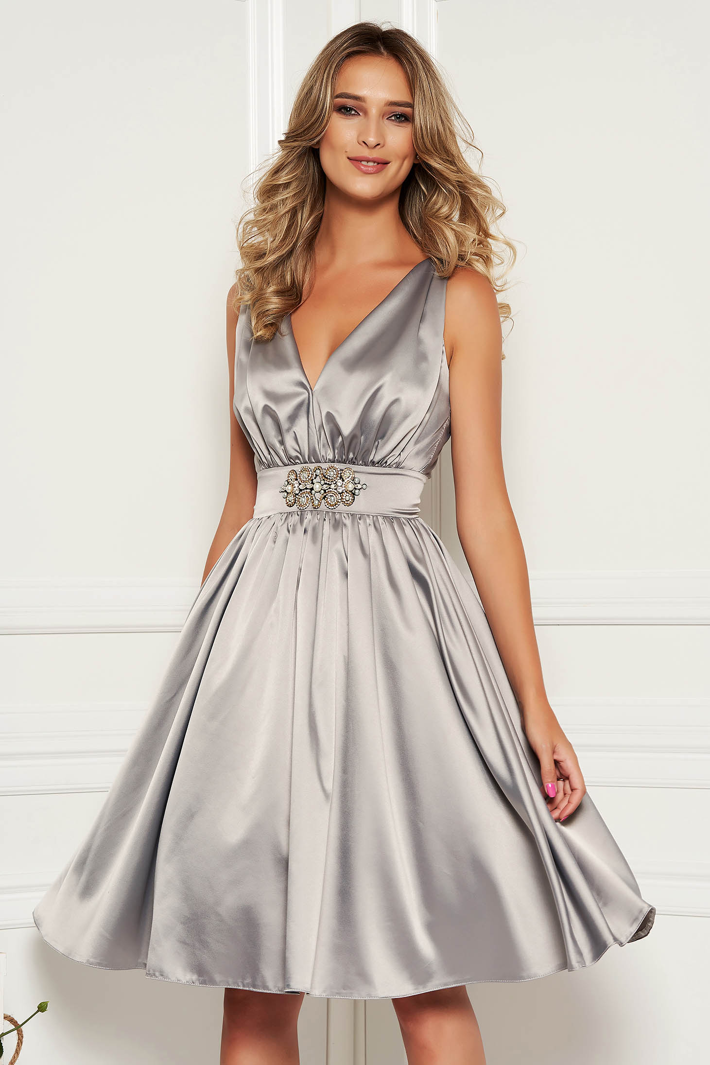 StarShinerS grey dress elegant occasional midi from satin with inside lining with v-neckline