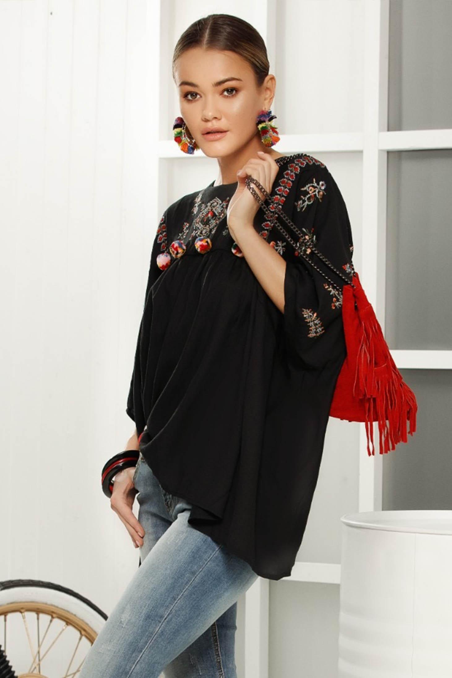 Bluza dama neagra casual cu croi larg cu maneca 3/4 din material vaporos
