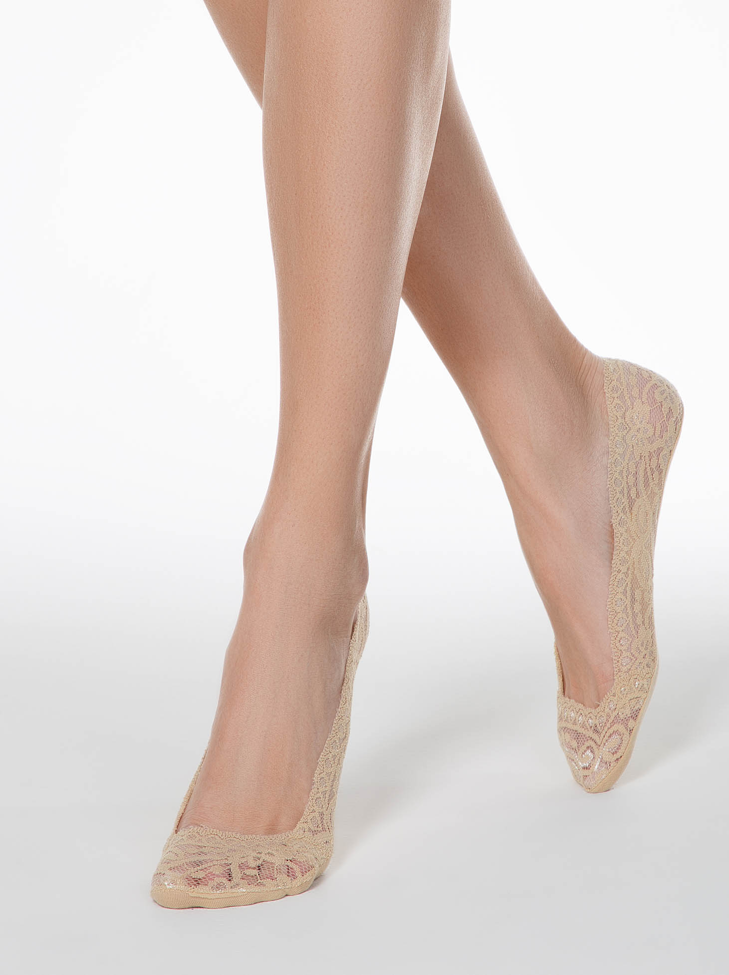 Nude socks from laced fabric elastic cotton