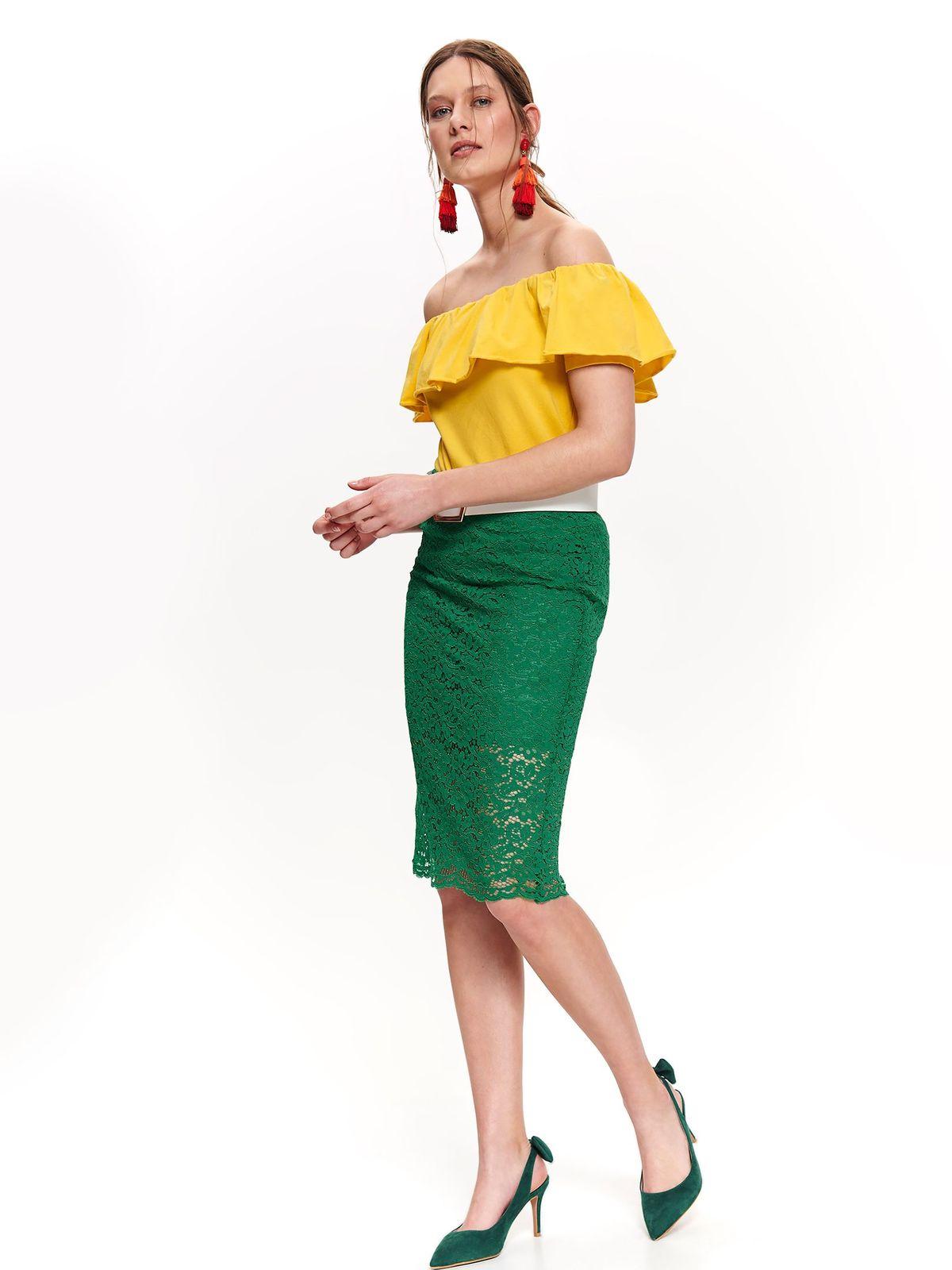 Bluza dama Top Secret galbena casual cu croi larg cu umeri goi si volanase pe linia decolteului din bumbac