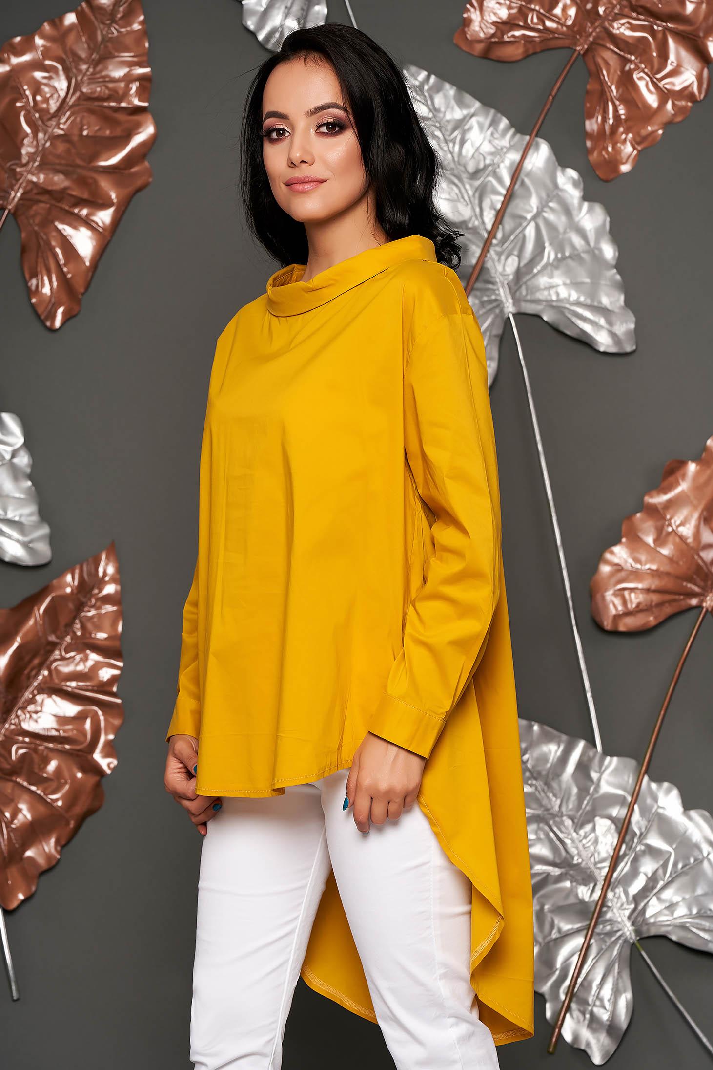 Bluza dama mustarie casual din material subtire cu croi larg asimetrica cu maneca lunga