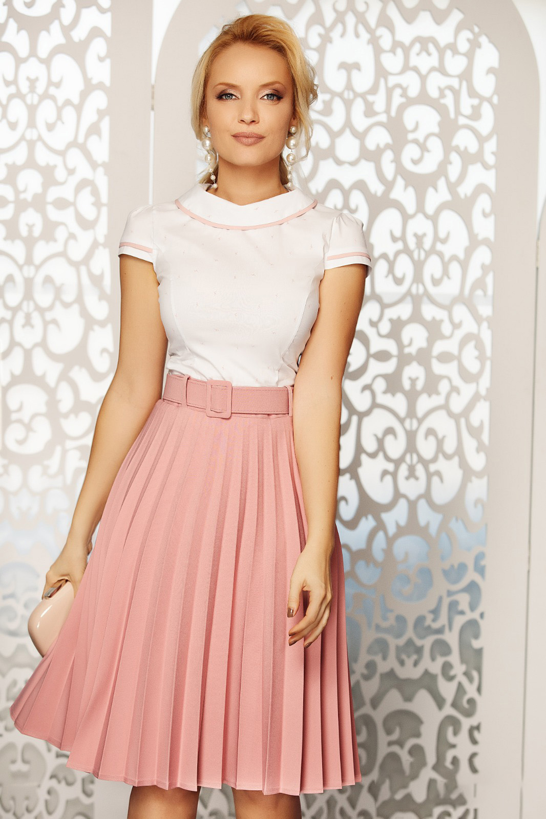 Fofy rosa elegant folded up cloche skirt high waisted accessorized with belt slightly elastic fabric