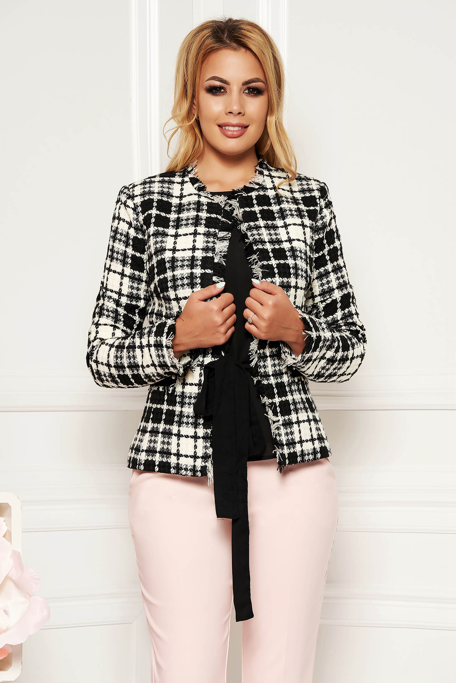 Elegant tented long sleeve jacket with small beads embellished details arched cut plaid fabric