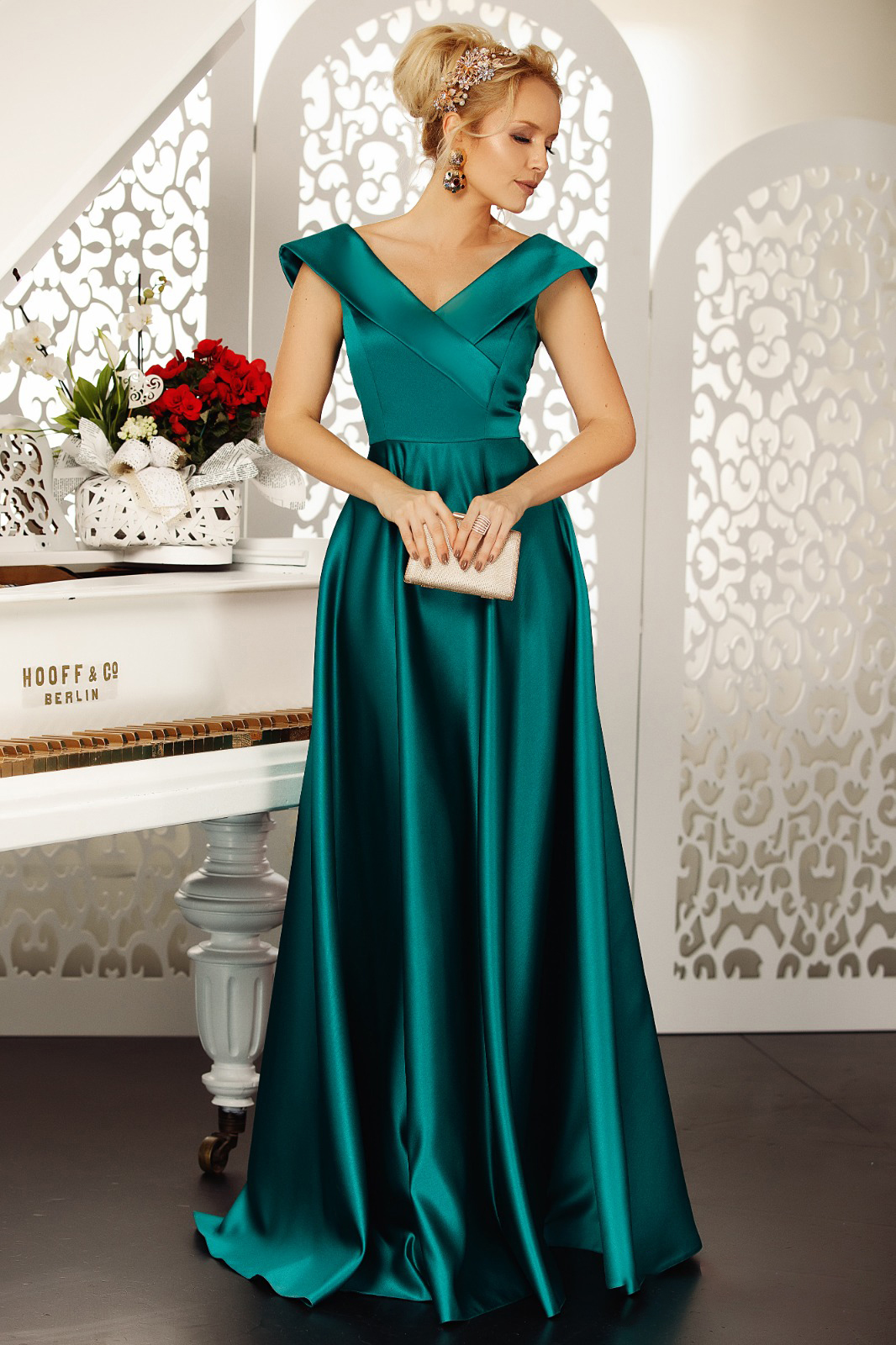 Fofy darkgreen occasional cloche dress with v-neckline off shoulder from satin