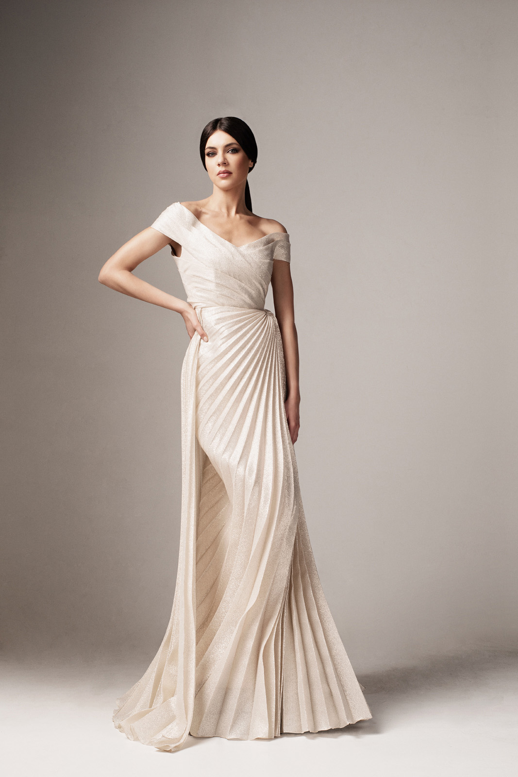 Ana Radu gold occasional long mermaid dress with v-neckline on the shoulders