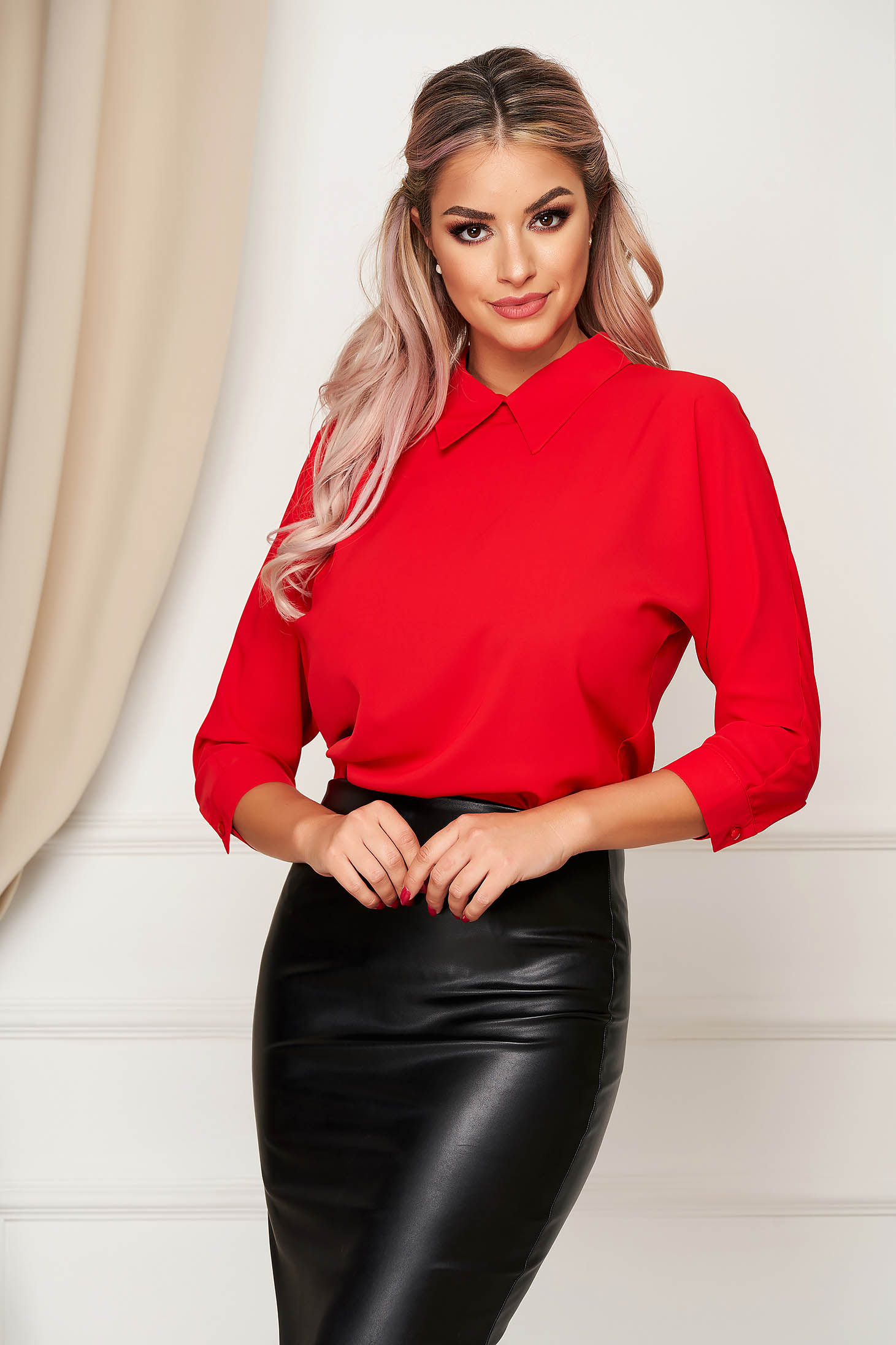 Fofy red elegant women`s blouse with easy cut with 3/4 sleeves with a collar