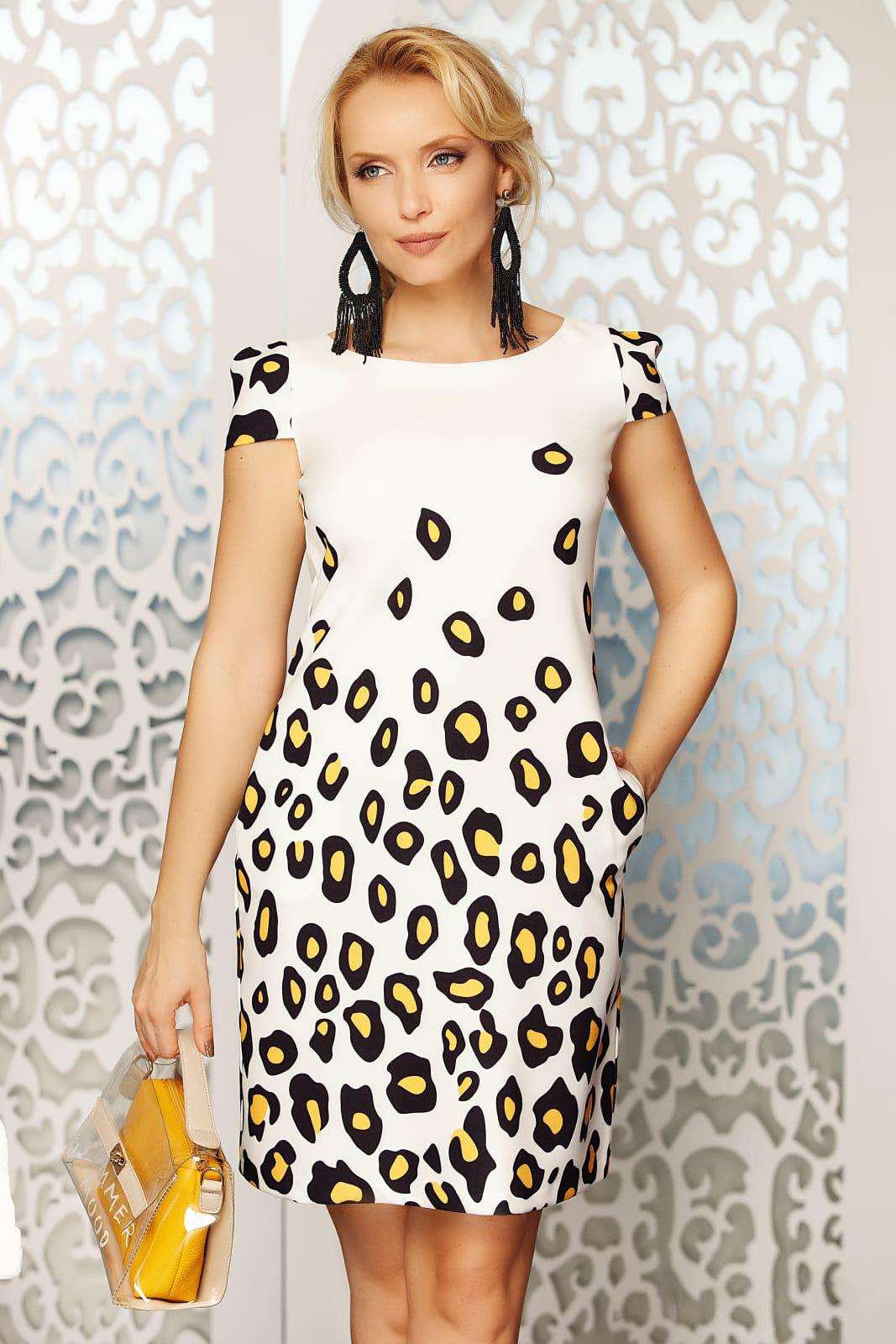 Rochie Fofy alba eleganta de zi din stofa usor elastica animal print accesorizata cu fundite