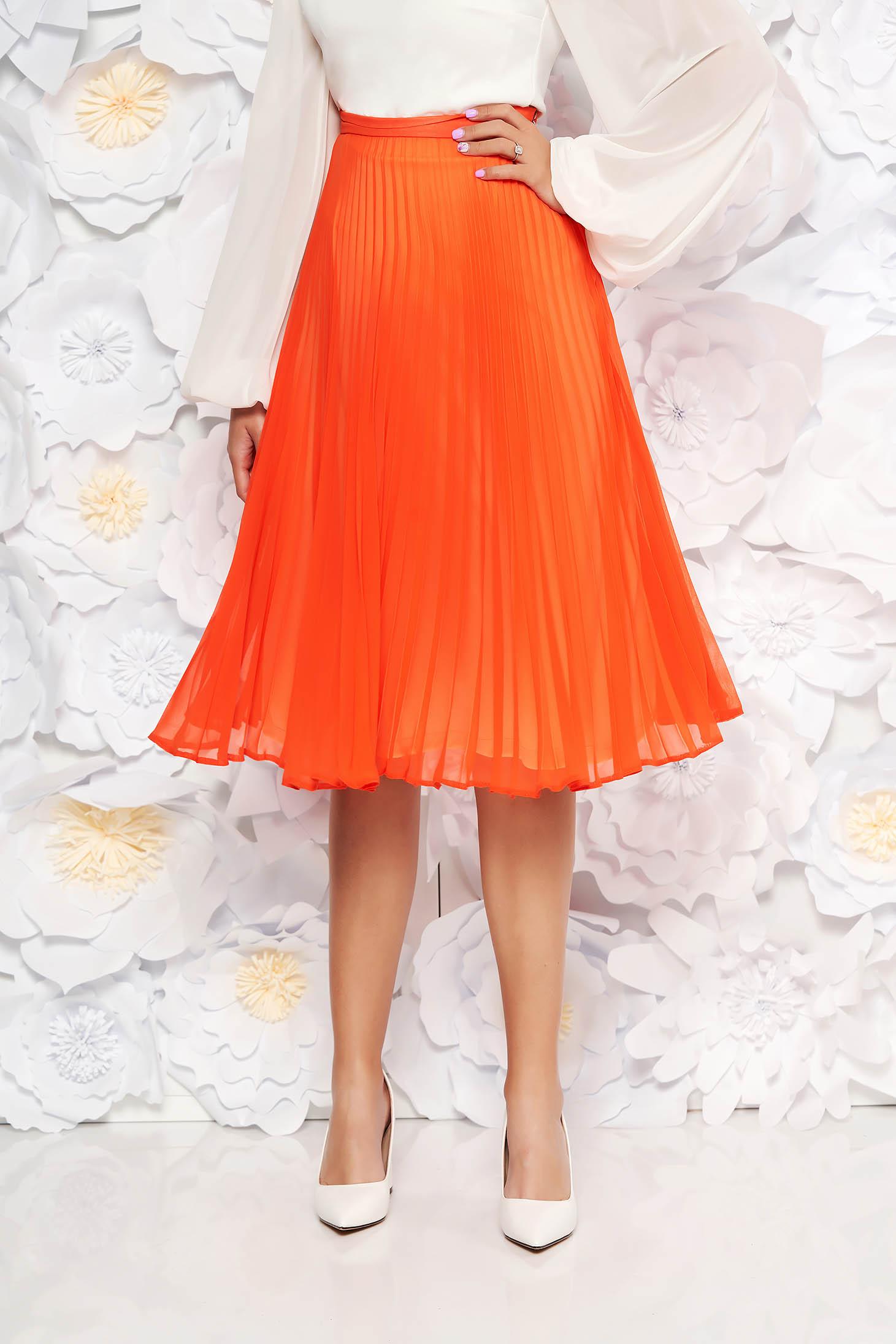 Fusta StarShinerS portocalie eleganta plisata in clos din voal cu talie inalta