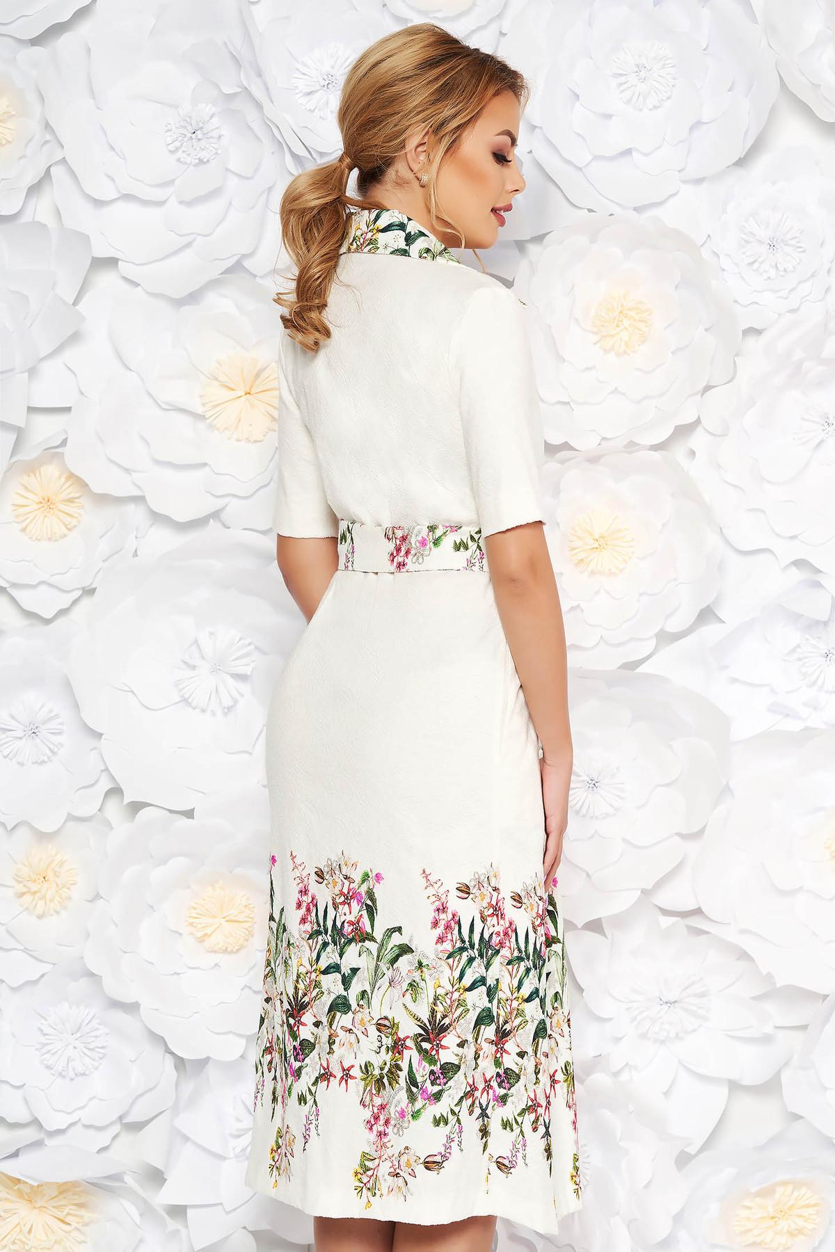 Rochie crem eleganta de zi in clos din bumbac cu flori in relief accesorizata cu cordon