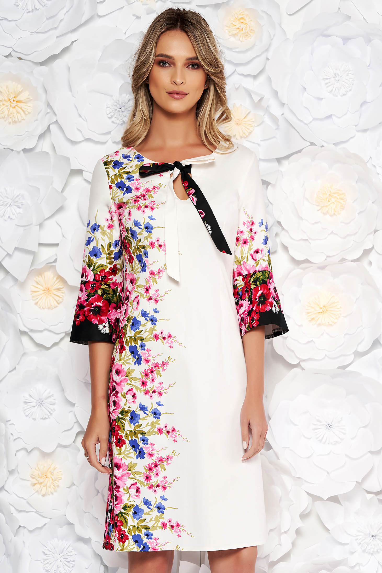 White daily cotton a-line dress with floral print with 3/4 sleeves