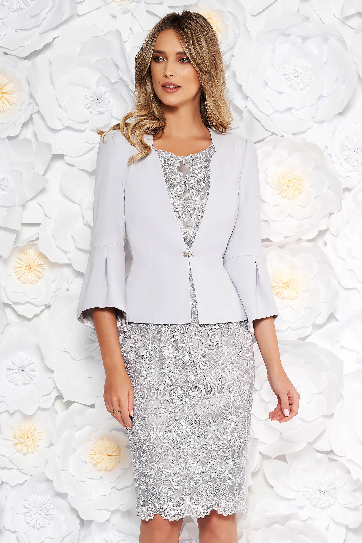 Grey elegant arched cut lady set laced 2 pieces with inside lining